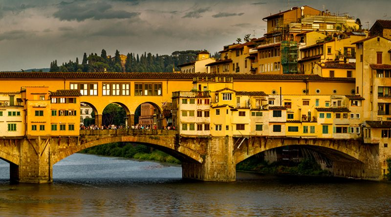 Photography of Arno River and Ponte Vecchio in Florence