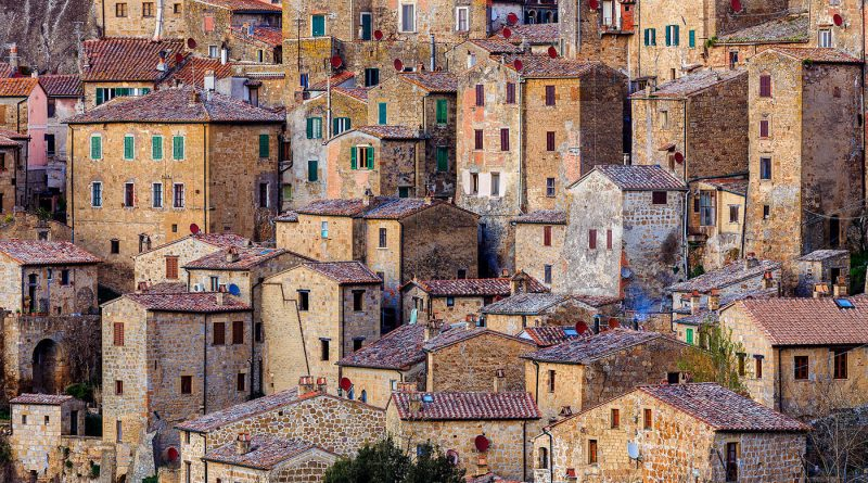 Photography of close view of Sorano