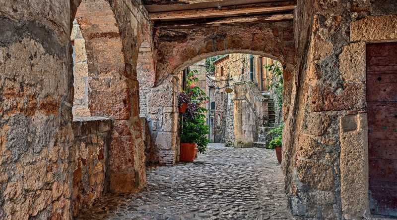 Photography of picturesque street in Sorano